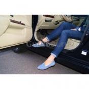Автопятка, классическая. Для женской обуви без каблука, с застежкой на кнопке. Выполнен в черном цвете
